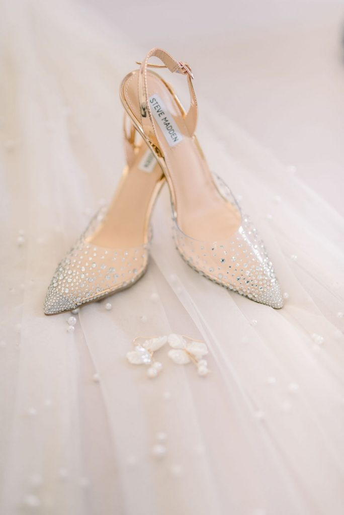 Wedding shoes and jewellery