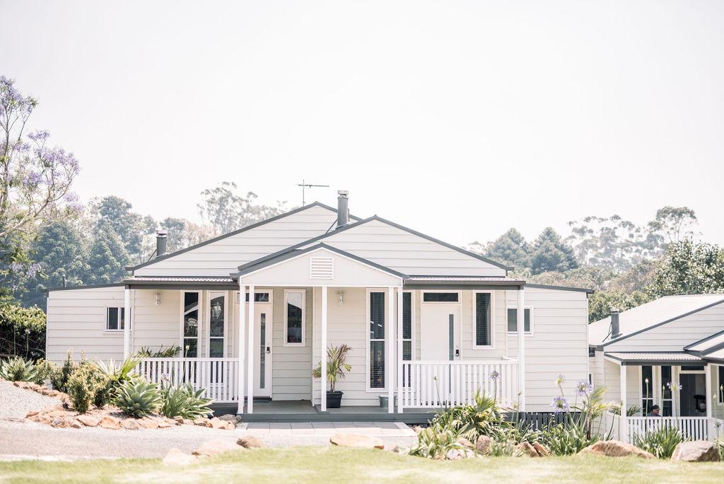 Stay Hampton Estate Wines Boutique Cottages Mount Tamborine Accommodation
